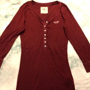 Red hollister quarter sleeve shirt
